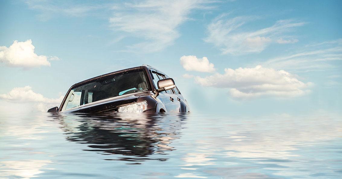 Pertolongan Pertama saat Mobil Mogok Tergenang Banjir
